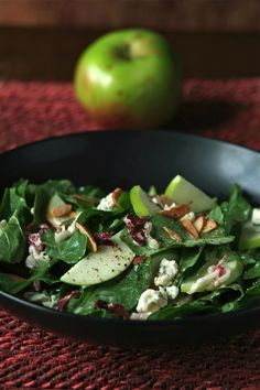 Arugula Salad with Apples, Champagne Vinaigrette and Blue cheese