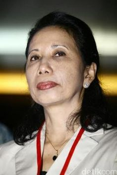 Menteri BUMN : Rini M Soemarno