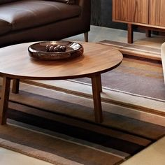 modern interior design ideas and home furnishings in brown color shades