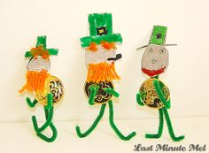 Pipe Cleaner LEPRECHAUNS - Just in time for St. Patrick's Day! A kids' craft idea that takes minutes to make.