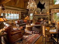 Rustic Cabin Living Room Design Ideas With Leather Sofa And Main Hanging Lamp Western Living Room Ideas With Rustic Furniture Design Rustique, Rustic Design, Rustic Decor, Rustic Style, Country Style, Modern Rustic, Rustic Room, French Country, Country Decor
