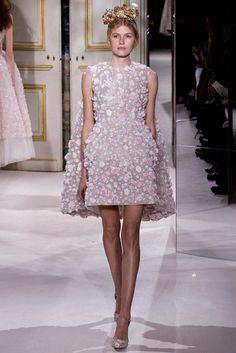 Giambattista Valli Spring 2013 Couture Fashion Show - Louise Parker