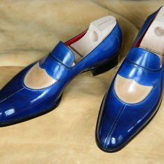 Saint Crispin's - genuine hand made shoes