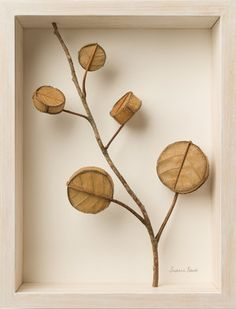 UK-based artist Susanna Bauer combines found natural objects such as leaves, stones and small pieces of wood with crochet embellishments to create delicate works of art. Crochet Leaves, Crochet Flowers, Dry Leaf Art, Crochet Embellishments, Mixed Media Artwork, Graphic Design Print, Creative Photos, Book Cover Design, Diy Craft Projects