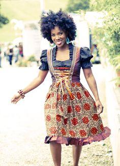 """Afro-Dirndl """"Togo  More"""" Braun / Orange DaWanda, Return and get it Stand in Passau auf dem Afrikafestival und evtl. in Bayreuth, kein Ladenverkauf, ab 279 Euro, man kann sich auch Stoff aussuchen"""