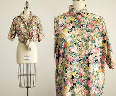 90s Vintage Bold Floral Print Cotton Button by ShopCherieVintage