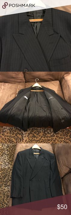 Giorgio Armani Black Double Breasted Blazer 46R Giorgio Armani Black With White Pinstripe Double Breasted Sport Coat Blazer size 46R Regular, Double Breasted and no vents! Great condition! Please make reasonable offers and bundle! Ask questions! Giorgio Armani Suits & Blazers Sport Coats & Blazers