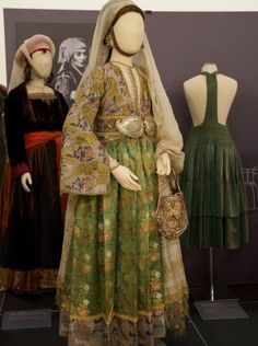 Bridal costume of Kymi, Evia (Euboea) - Patterns of Magnificence: Tradition and Reinvention in Greek Women's Costume [http://www.pli.gr/index.php?option=com_content&task=view&id=248]