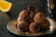 Datlové karamelky | Hodně domácí Food And Drink, Cookies, Chocolate, Breakfast, Desserts, Christmas, Recipes, Fit, Crack Crackers