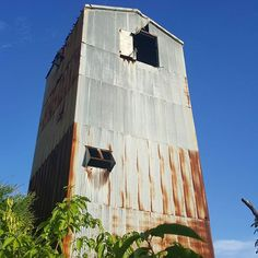 #salinas #centralaguirre #puertorico🇵🇷 #centralazucarera #sugarmill #history #abandonedbuilding #factory #adventuretime #ilivewhereyouvacation #sigloxx #montereylocals #salinaslocals- posted by  https://www.instagram.com/lunatainagirl - See more of Salinas, CA at http://salinaslocals.com