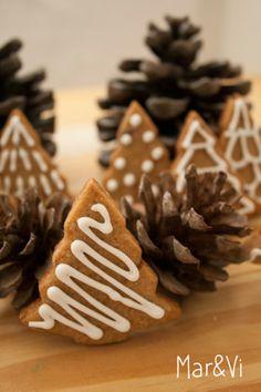 Biscotti di zenzero: ricetta e decorazioni facili www.marandvicreativestudio.com #gingerbreadcookies