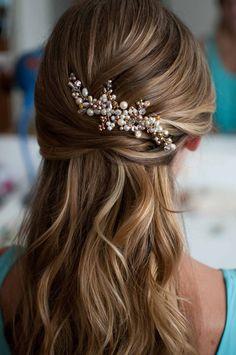 Risultati immagini per look sposa capelli