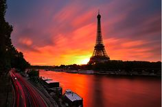 sunset-paris-france--visited there Summer Tour Eiffel, Torre Eiffel Paris, Sunset Paris, Dream Vacations, Vacation Spots, Oh The Places You'll Go, Places To Travel, Paris France, Image Paris