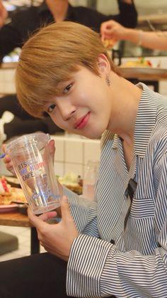 Jimin Park Ji Min, Mochi, Jung So Min, Billboard Music Awards, Busan, Bts Boys, Bts Bangtan Boy, K Pop, Park Jimin Cute