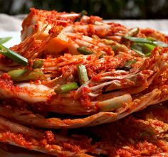 Are you looking for the authentic Korean kimchi recipe? This kimchi recipe is your answer.Kimchi is the national dish of Korea. Korean Food Kimchi, Korean Kimchi Recipe, Kimchi Food, Dressings, Korean Dishes, Korean Menu, National Dish, Chinese Cabbage, Fish Sauce