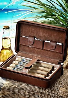 Have a celebratory cigar with your dad! Help him transport his cigars in style with this Tommy Bahama - Overnight Leather Cigar Case. Cigars And Whiskey, Good Cigars, Pipes And Cigars, Cigar Accessories, Leather Accessories, Tommy Bahama, Leather Cigar Case, Cigar Cases, Cigar Humidor