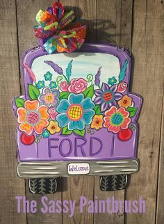Spring Summer Pick Up Truck, choose the color of the truck and wording on tailgate and tag - Pintherest Painted Doors, Wooden Doors, Painted Signs, Wooden Signs, Wooden Projects, Wood Crafts, Diy Crafts, Flower Truck, Burlap Door Hangers