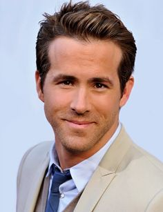Ryan Reynolds | what a Hottie