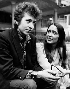 Bob Dylan and Joan Baez in London, April 1965.
