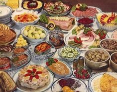 The Swedish Temptation Swedish Dishes, Swedish Recipes, Retro Recipes, Vintage Recipes, Lobster Salad, Pickled Beets, Sliced Ham, Scandinavian Food, Group Meals