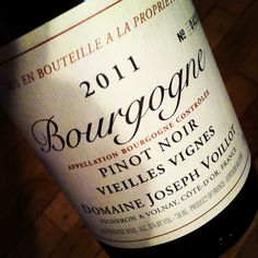 Bourgogne wine is the best! come and drink a glass with us!