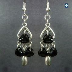 ♥ Lovely Black Glass Petals & Plated Silver Earrings