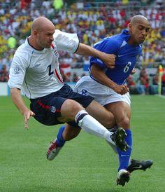 Mills and Roberto Carlos
