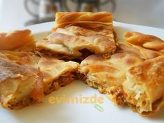 Evimizde.com: Macır Pidesi (Macur Pidesi - Böreği)