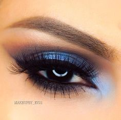 Bam! @makeupby_ev21 serving us a pigment packed eye look straight up with a…