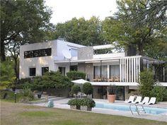 On the market: Midcentury modern Le Corbusier House in Tassin-la-Demi-Lune, near Lyon, eastern France on http://www.wowhaus.co.uk