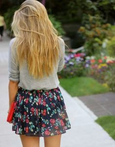 Floral skirt and gray tank is too cute. I want that skirt.