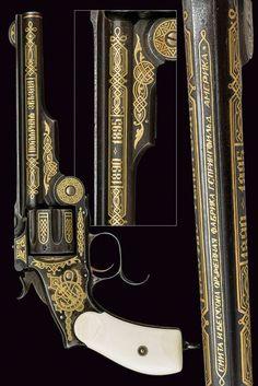 A presentation SW New Model Russian revolver, gift of the Tsar Nicholas II . provenance: Russia dating: last quarter of the 19th Century .: