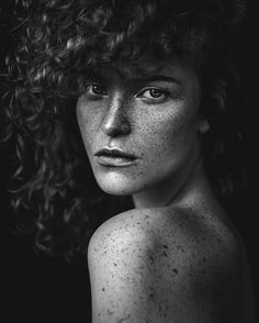 Another portrait of amazing @amandakubiak  @sokolowskaanna #frecklesfordays #freckleface #freckles #freckled #freckle #bnw #bw #blackandwhite #portrait #portraits #portraitphotography #portraitphotographer #agataserge #model #models #polishgirl #polishmodel #photoshoot #photography #photographer #photooftheday by agataserge