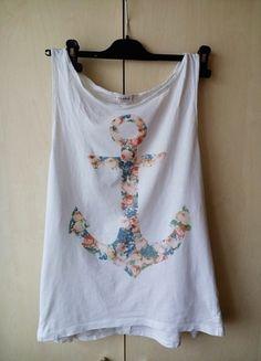 Kup mój przedmiot na #vintedpl http://www.vinted.pl/damska-odziez/koszulki-z-krotkim-rekawem-t-shirty/11341519-top-z-kotwica-z-kwiatki-pullbear-rozmiar-l