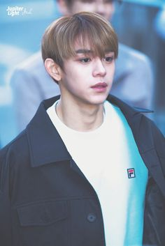 #Lucas #NCT cre: on pic