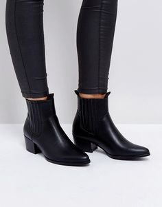 0b7e87d5a7f9 Shop Truffle Collection Western Chelsea Boots at ASOS.