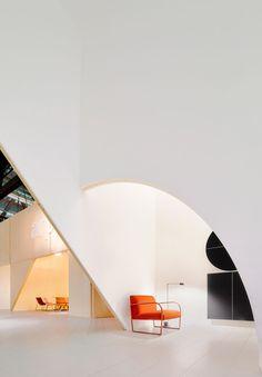 2 Arper Pavilions,© Jose Hevia #pavilionarchitecture