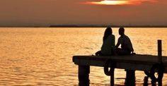 Απίστευτο τεστ! Βάλε την ημερομηνία γέννησής σου και βρες την σχεσιακή σου ταυτότητα! Sunset Sea, Mykonos, Outdoor Furniture, Outdoor Decor, Dining Bench, Couple, Beaches, Relationships, Blog