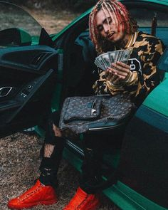 "The Famous ""New School"" Rapper Lil Pump and His Huge Collection of Expensive Cars - High Power Cars"