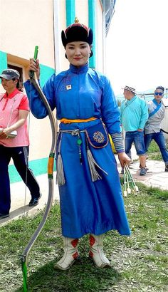 'Warrior Queens Are in My Blood': Meet Mongolia's Notorious Female Archers | Broadly