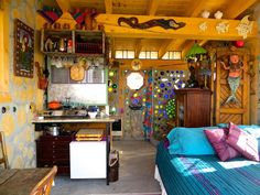 CORDWOOD & GLASS OFF GRID COLORADO COTTAGE MELTS THE STRESS AWAY
