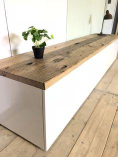 Tv Diy, Oak Shelves, Tv Furniture, Shoe Cabinet, Tv Cabinets, Buffets, Types Of Wood, Woodworking Plans, Diy Home Decor