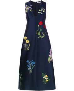 STELLA MCCARTNEY navy floral embroidered dress, available here: rstyle.me/n/bjixmvmtu6