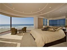 3675 Ocean Front Walk Pacific Beach Ca Master Bedroom Panoramic Ocean Views Beach Cottage Style, Beach Cottage Decor, Porches, Beachfront House, Ocean Front Property, Mission Beach, Luxury Pools, Expensive Houses, Pacific Beach