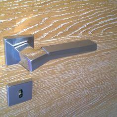 Miador PRIMERA white rustic oak with Mandelli Cubic design handle