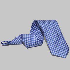 Corbata Cuadros Azules Accessories, Fashion, Blue Tables, Fall Winter 2014, Ties, Blue Nails, Moda, Fashion Styles, Fashion Illustrations