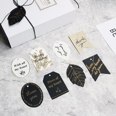 Papierowe etykiety do prezentów 40 sztuk (10 zestawów) złote tłoczenie dziękuję, że białe czarny papier powiesić Tag etykieta na pudełko dekoracja na przyjęcia urodzinowe w Metki odzieżowe od Dom i ogród na AliExpress - 11.11_Double 11Singles' Day Party Stores, Black Paper, Gift List, Hang Tags, Paper Gifts, Birthday Decorations, Are You Happy, Gift Tags, Sewing Crafts
