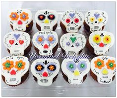 Catrinas Cupcakes - The Book of Liife Cupcakes, Book, Desserts, Tailgate Desserts, Cupcake Cakes, Deserts, Postres, Dessert, Book Illustrations