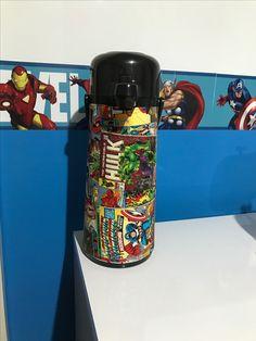Capa de garrafa térmica para quarto de bebê. Tecido marvel avengers/marvel vingadores. Hulk, Capitão América, Homem Aranha, Homem de Ferro. Capitain América, Spider Man, Iron Man.