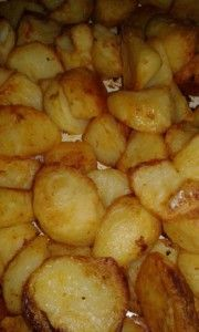 Food Lovers Recipes | ERNA SE BROS GEBRAAIDE OOND AARTAPPELSERNA SE BROS GEBRAAIDE OOND AARTAPPELS Oven Recipes, Veggie Recipes, Cooking Recipes, Recipies, Potatoes In Oven, Kos, Oatmeal Cookie Recipes, South African Recipes, Potato Dishes